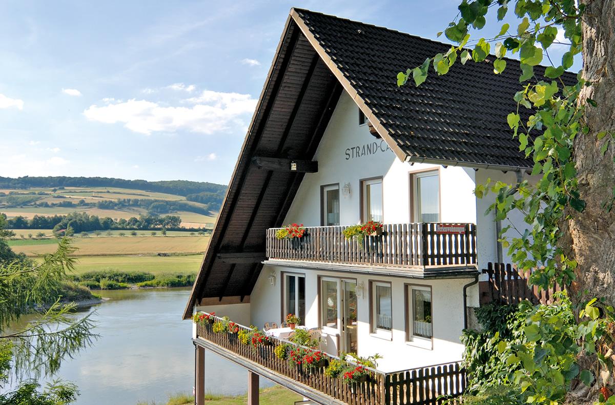 Ferienwohnung Camping Weser Campingplatz Weserbergland Und Ferienwohnung Bodenwerder Weser Camping In Der Ruhler Schweiz